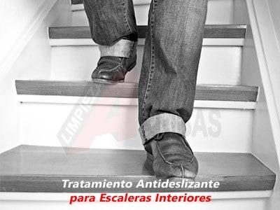 Tratamiento Antideslizante para Escaleras Interiores