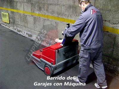 Limpieza de Garajes - Barrido con Máquina