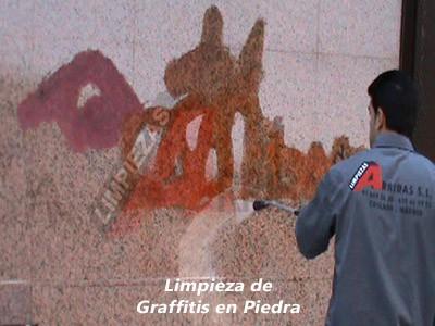 Limpieza de Graffitis en Piedra